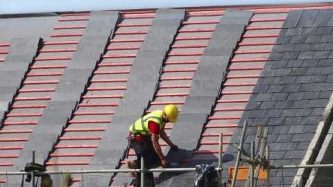 Crucial Aspects to Put into Consideration When Picking a Perfect Roofing Company